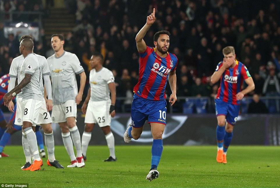 Ngược dòng hoàn hảo, Man Utd giành lại ngôi nhì - Ảnh 1