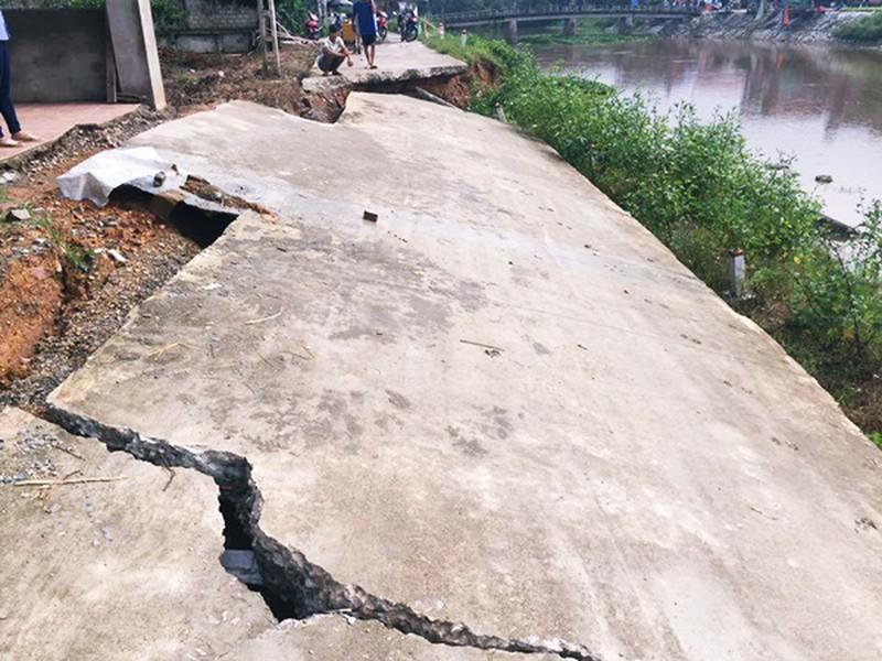Vụ sụt lún đê tại Bạch Hạ - Phú Xuyên - Bài 2: Nếu phát hiện sớm nền đất yếu sẽ xử lý được - Ảnh 2