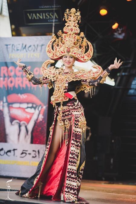 Hoa hậu Hòa bình Quốc tế 2016:Indonesia đăng quang, Nguyễn Thị Loan trượt Top 10 - Ảnh 4
