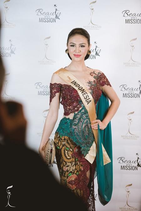 Hoa hậu Hòa bình Quốc tế 2016:Indonesia đăng quang, Nguyễn Thị Loan trượt Top 10 - Ảnh 6