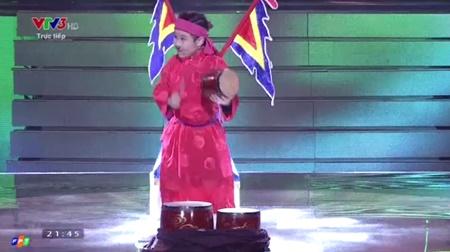 Chung kết Giọng hát Việt nhí 2016: Trịnh Nhật Minh giành ngôi quán quân - Ảnh 12