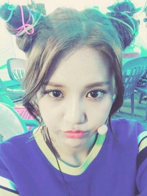 """Nữ idol xứ Hàn """"phát cuồng"""" với búi tóc """"Na Tra"""" - Ảnh 5"""