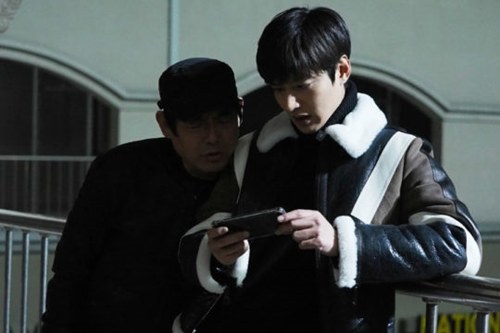 """Tiết lộ thu nhập đáng kinh ngạc của """"tiên cá"""" Jun Ji Hyun trong năm 2016 - Ảnh 9"""