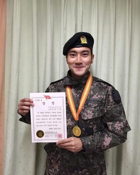8 idol sẽ trở lại từ quân ngũ vào năm 2017, bạn mong chờ ai nhất? - Ảnh 7