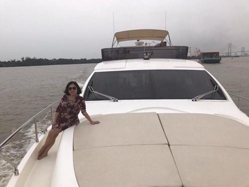 Sắm du thuyền sang trọng, Lý Nhã Kỳ bày tỏ chỉ muốn báo đáp mẹ và chị gái - Ảnh 6