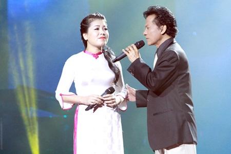 Chế Linh tái ngộ khán giả Hà Nội sau gần 3 năm xa cách - Ảnh 3