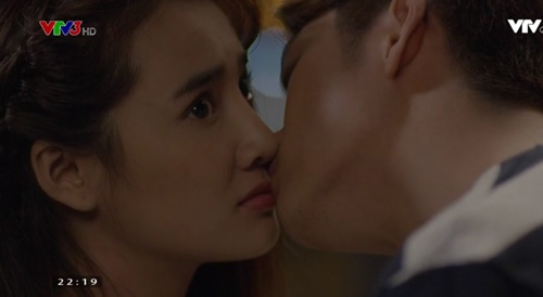"""Tuổi thanh xuân phần 2 tập 18: Kang Tae Oh hôn Nhã Phương, nói """"anh yêu em"""" - Ảnh 12"""