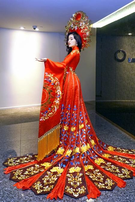 Hé lộ trang phục dân tộc của Huyền My tại Miss Grand International 2017 - Ảnh 2