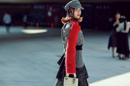 Ninh Dương Lan Ngọc bất ngờ chiếm spotlight tại Seoul Fashion Week 2017 - Ảnh 3