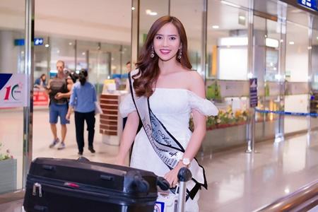 Á hậu Du lịch Hoàn vũ thế giới đóng phim Tết cùng Hoài Linh - Ảnh 3