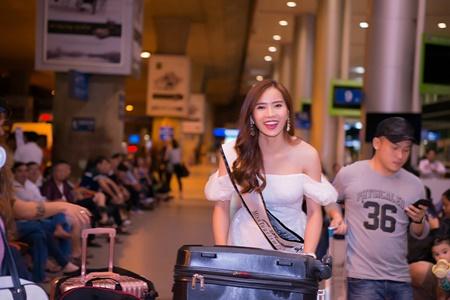 Á hậu Du lịch Hoàn vũ thế giới đóng phim Tết cùng Hoài Linh - Ảnh 4