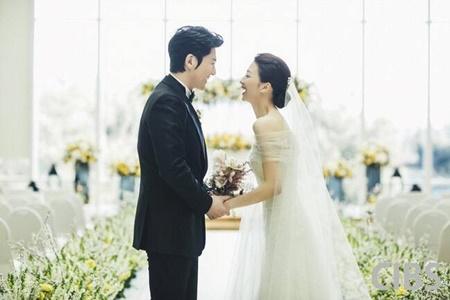 Những cặp sao Hàn kết hôn rồi còn hot hơn cả khi độc thân - Ảnh 6