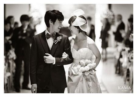 Những cặp sao Hàn kết hôn rồi còn hot hơn cả khi độc thân - Ảnh 8