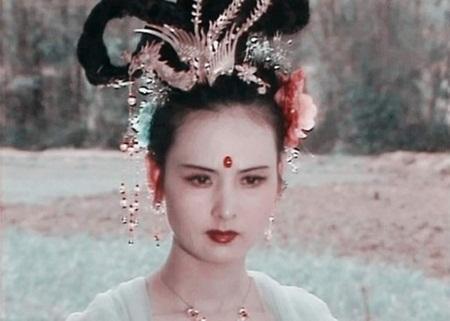 """Hằng Nga """"Tây Du Ký 1986"""": Mỹ nhân đẹp nhất thiên cung, """"nữ cường nhân"""" trong đời thực - Ảnh 3"""