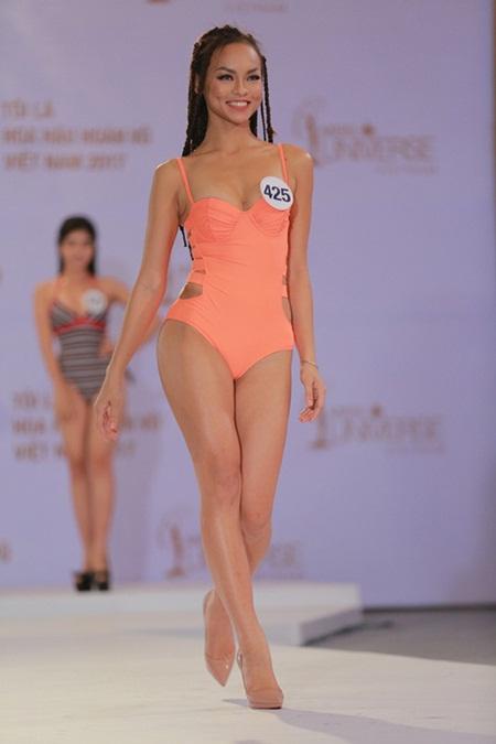 """Võ Hoàng Yến sẽ """"đuổi thẳng"""" Mai Ngô nếu là host Hoa hậu Hoàn vũ Việt Nam - Ảnh 1"""