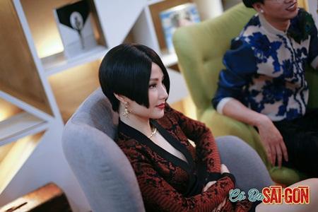 """Thời trang hàng hiệu đẳng cấp của Diễm My 9X trong """"Cô Ba Sài Gòn"""" - Ảnh 5"""