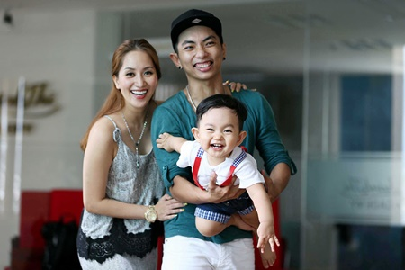 Khánh Thi – Phan Hiển: Có thêm em bé nữa rồi mới cưới! - Ảnh 2