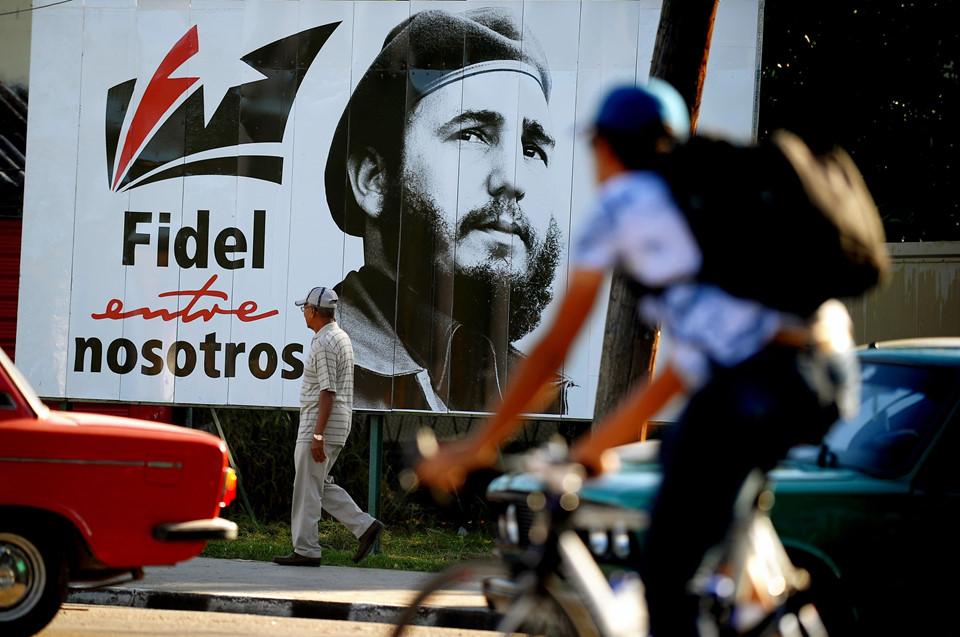Cuba long trọng tưởng nhớ 1 năm ngày mất lãnh tụ Fidel Castro - Ảnh 2
