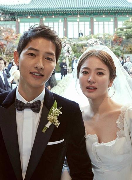 Sau đám cưới với Song Hye Kyo, Song Joong Ki làm host MAMA 2017? - Ảnh 2