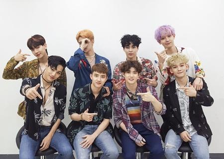 Top 10 nghệ sĩ được yêu mến nhất xứ Hàn 2017 - Ảnh 4