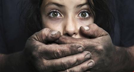 Bắt đối tượng dùng thuốc độc chết chó, đột nhập vào nhà bắt cóc trẻ em - Ảnh 1