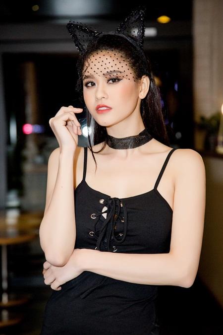 Nhan sắc xinh đẹp gợi cảm của Trương Quỳnh Anh khiến ai cũng phải xao lòng - Ảnh 1