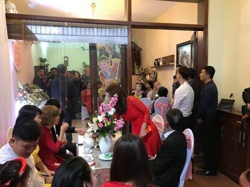 MC Thành Trung tổ chức đám hỏi với bạn gái hotgirl - Ảnh 4
