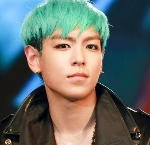 Bất ngờ phát hiện kiểu tóc của T.O.P là nguồn cảm hứng cho nhân vật Joker - Ảnh 5