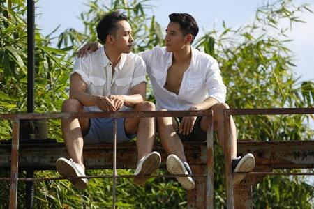 """""""Hot boy"""" mới trong phim Việt đồng tính 18+ thu hút sự chú ý - Ảnh 1"""