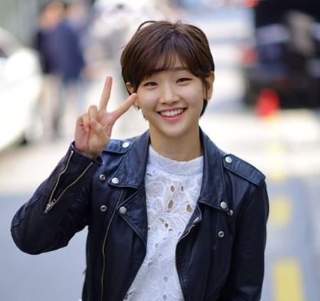 Những người đẹp trở thành chuẩn mực nhan sắc mới xứ Hàn - Ảnh 2