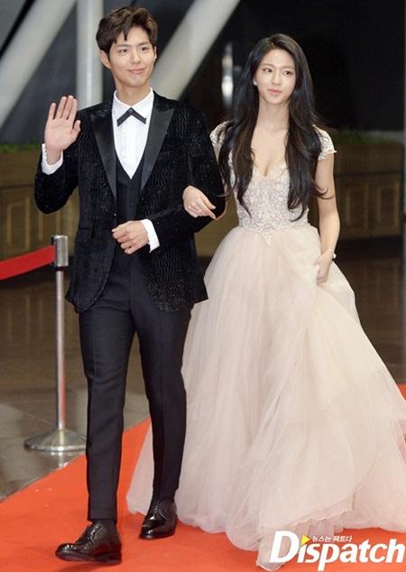 Xao xuyến vì khác biệt đáng yêu giữa bàn tay nam và nữ idol Kpop - Ảnh 7