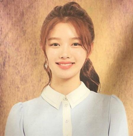 """Kim Yoo Jung xinh đẹp """"nghẹt thở"""" khi diễn kịch ở trường - Ảnh 2"""