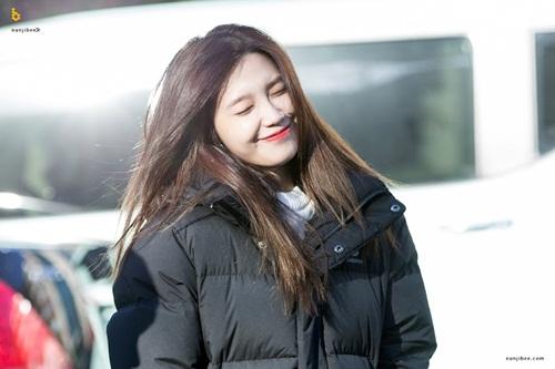 """Tim lỡ nhịp vì những khoảnh khắc """"không thể yêu hơn"""" của nữ idol Kpop - Ảnh 13"""
