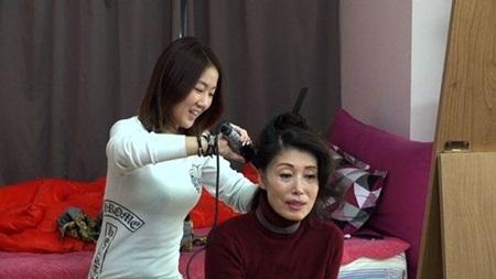Bất ngờ trước công việc mà idol Kpop phải làm để mưu sinh trước khi nổi tiếng - Ảnh 8