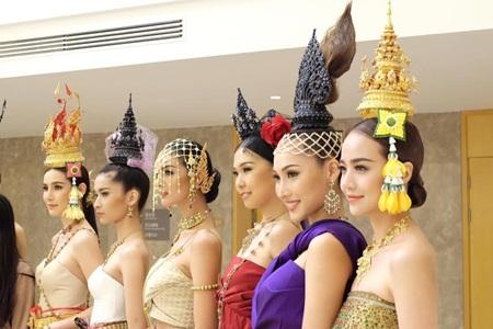 Kiều Ngân – Khánh Ngọc tự tin khoe sắc bên dàn người đẹp Châu Á - Ảnh 3