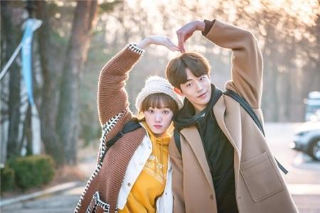 Nam Joo Hyuk và Lee Sung Kyung sinh ra để dành cho nhau, đây chính là lý do - Ảnh 13