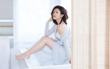 Trần Nghiên Hy tái xuất xinh đẹp gợi cảm sau khi sinh con đầu lòng - Ảnh 3
