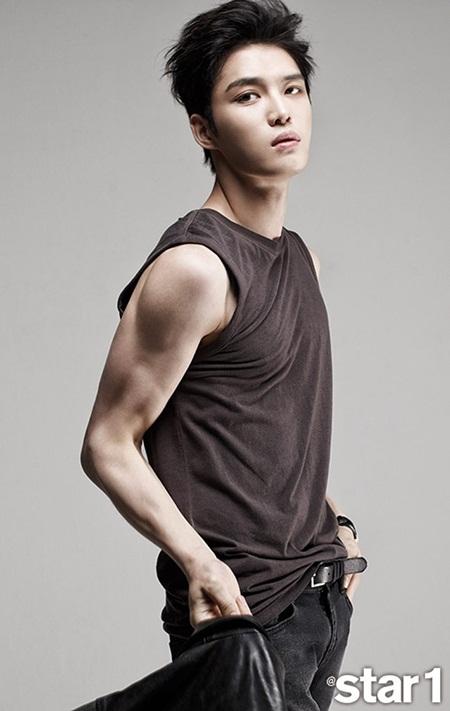 8 idol Kpop với nhan sắc thay đổi bất ngờ chỉ vì để tóc mái - Ảnh 11