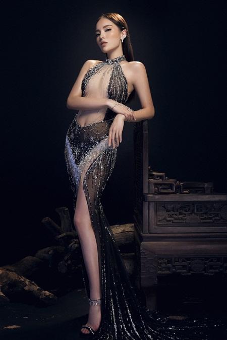 Hoa hậu Kỳ Duyên diện đầm trong suốt khác lạ khó nhận ra - Ảnh 2