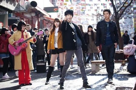 Ai cũng mong ước có được những tình bạn tuyệt vời thế này trong phim Hàn - Ảnh 1