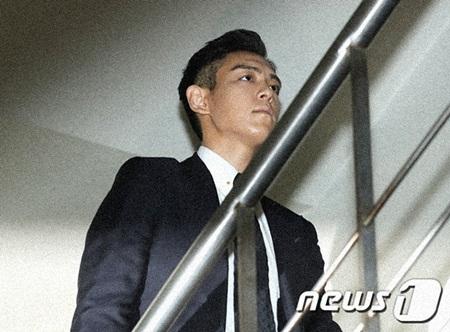 T.O.P thú nhận đã từng hẹn hò với nữ thực tập sinh cùng hút cần sa - Ảnh 2