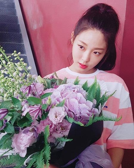 """Những hình ảnh lý giải vì sao Seolhyun trở thành """"người trong mộng"""" của fan nam Kpop? - Ảnh 10"""