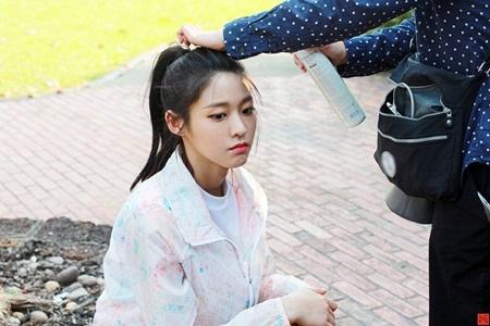 """Những hình ảnh lý giải vì sao Seolhyun trở thành """"người trong mộng"""" của fan nam Kpop? - Ảnh 13"""