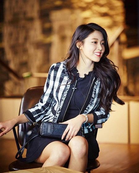 """Những hình ảnh lý giải vì sao Seolhyun trở thành """"người trong mộng"""" của fan nam Kpop? - Ảnh 29"""