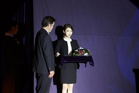 """Suzy ấn tượng nhất dàn khách mời ngôi sao trong """"Real"""" của Kim Soo Hyun - Sulli - Ảnh 4"""