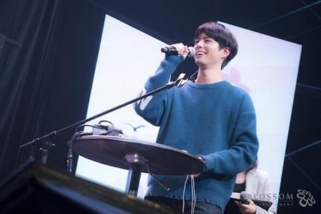 Bất ngờ khả năng ca hát của loạt diễn viên đình đám xứ Hàn - Ảnh 6