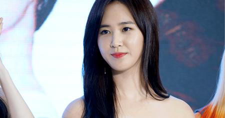 Yuri bất ngờ bị chấn thương trước thềm SNSD comeback - Ảnh 2
