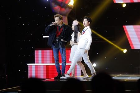 """Vũ Cát Tường và Soobin Hoàng Sơn """"bắn rap"""" cực ngầu trên sân khấu để tranh giành thí sinh - Ảnh 3"""