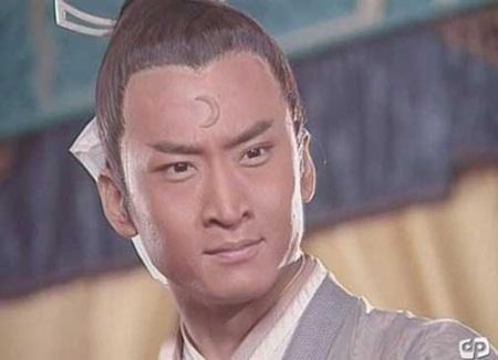 Châu Kiệt: Từ Nhĩ Khang lừng lẫy tới kẻ nợ nần, cờ bạc bị làng giải trí tẩy chay - Ảnh 4