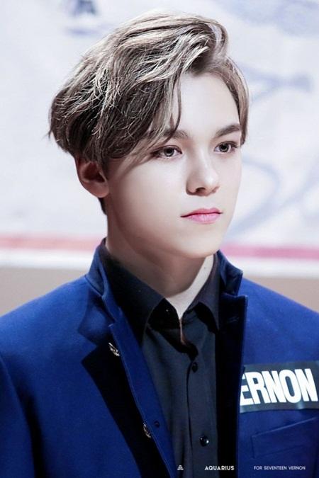 8 idol nam này sẽ là đại diện nhan sắc thế hệ mới của Kpop - Ảnh 13